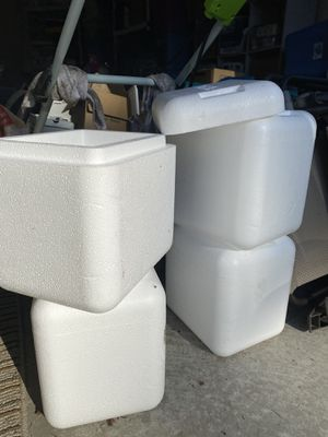 Free styrofoam coolers for Sale in Auburn, WA