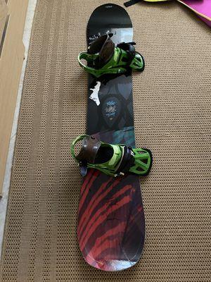 Salomon Rumble Fish Snowboard 148cm for Sale in Miami, FL
