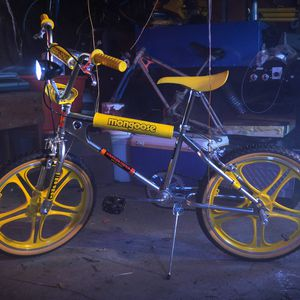 Netflix Stranger Things Limited Edition Mongoose Max Bike for Sale in Silver Spring, MD