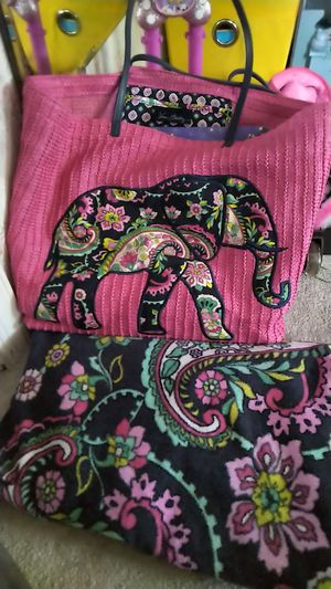 Vera Bradley beach bag and matching beach towel for Sale in Trappe, PA