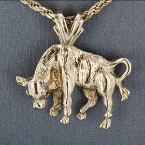 14K Gold and Diamond Bull Pendant Charm for Sale in Long Beach, CA