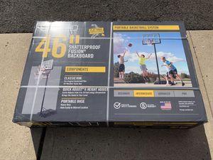 Lifetime 46 inch shatterproof basketball hoop for Sale in Cliffside Park, NJ
