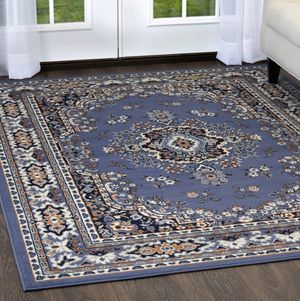 New Beautiful large 8' x 11' rug price is firm for Sale in Clovis, CA