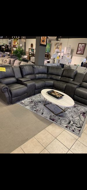 Beautiful sectional for sale for Sale in Collegeville, PA