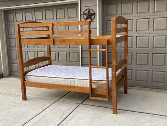 Bunk Beds With Mattress for Sale in Oregon City,  OR
