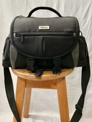 Deluxe Large Camera Carrying Bag Case For Nikon D5000 D5100 D5200 D5300 D5500 for Sale in Virginia Beach, VA