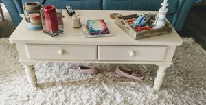 Broyhill coffee & end table for Sale in Odenton, MD