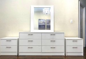 New mirror dresser and nightstands for Sale in Fort Lauderdale, FL