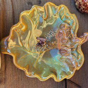 Vintage Leaf Deep Bowl for Sale in Cerritos, CA