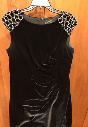 Short cap sleeves dress black velvet for Sale in Sammamish, WA