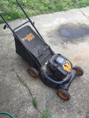 Poulan lawn mower 6.5hp for Sale in Camden, NJ