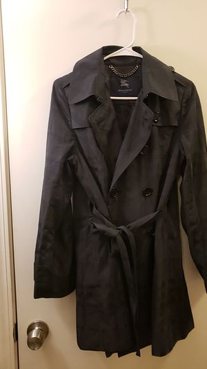 Burberry london coat for Sale in Fresno, CA