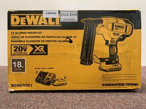 New 20v Dewalt brad nailer kit - DCN680D1 for Sale in Newton, MA