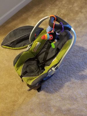 baby trend infant car seat and base for Sale in Fairfax, VA