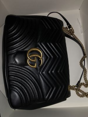 FIRM PRICE WITH TAGS LARGE AUTHENTIC GUCCI BAG WITH DUSTER AND TAGS for Sale in Hyattsville, MD