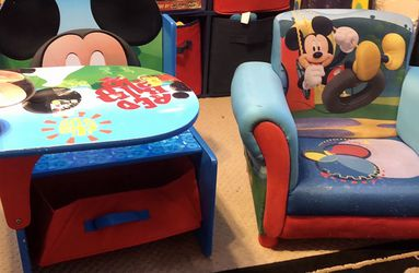 Mickey Mouse Desk and Chair Combo for Sale in Mount Olive Township,  NJ