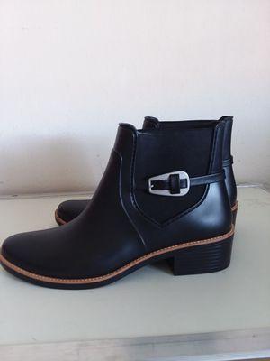 Bernardo Women's Pansie Rain Boot Haute Black Rubber 10M for Sale in Takoma Park, MD