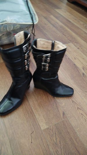 Icon ladies Moto motorcycle boots for Sale in Kissimmee, FL