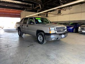 2004 Chevrolet Avalanche for Sale in Garden Grove, CA