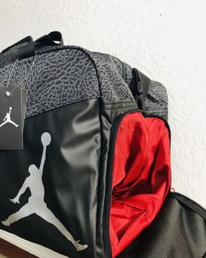 Jordan Duffle Bag - Medium for Sale in Fontana, CA