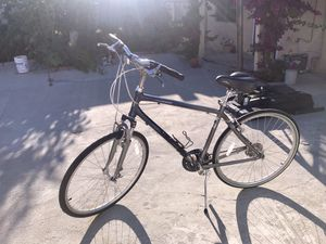 Giant cypress dx bike for Sale in Los Angeles, CA