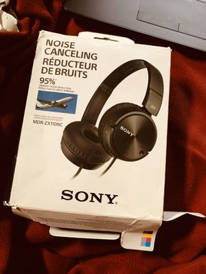 Sony MDR-ZX110NC Extra Bass Noise-Cancelling Headphones for Sale in Queens, NY