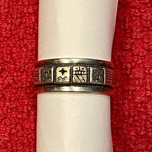 Vintage Native American Sterling Silver and 14K Gold Storyteller Ring - Nice Piece for Sale in Queen Creek, AZ