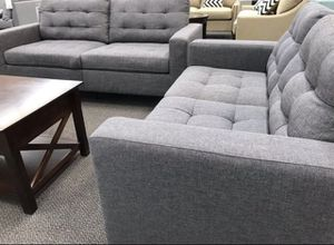 Must sell grey livingroom family room sofa and loveseat set was $679 at Overstock for Sale in Las Vegas, NV