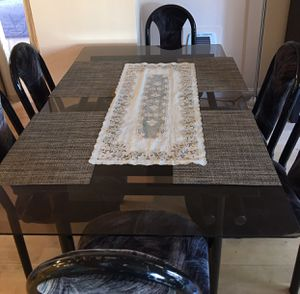 Sell 6 seats dining table ! $199 for Sale in San Francisco, CA