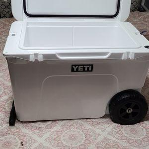 Yeti Cooler for Sale in Huntington Beach, CA