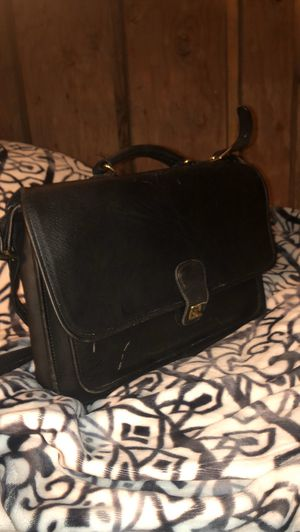 Coach shoulder bag/briefcase comphtrut for Sale in Holualoa, HI