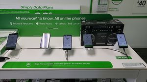 Cricket Wireless free phones for Sale in Theodore, AL