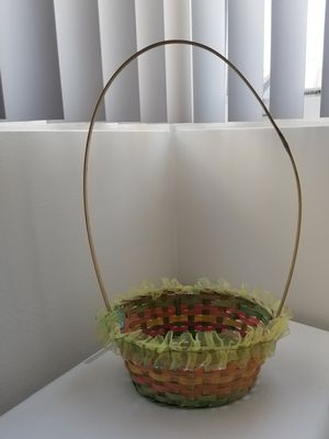 Adorable Rainbow Basket for Sale in Los Angeles, CA