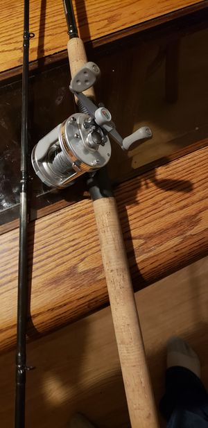 Abu garcia 6500c fishing rod combo shimano for Sale in Shorewood, IL