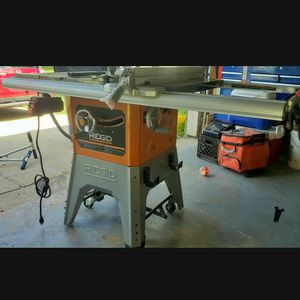 13 Amp 10 in. Professional Cast Iron Table Saw. for Sale in Pinehurst, TX