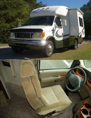 W/Slide2007 Phoenix Cruiser 2100 for Sale in Norfolk, VA
