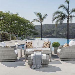 6 Piece Outdoor Furniture Set - Great Condition - Like New for Sale in Orlando, FL