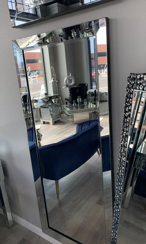 Leaner Floor Mirror for Sale in St. Louis, MO