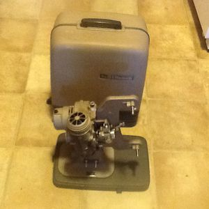 Vintage Bell and Howell 8mm Movie Projector (no cord)..nice condition for Sale in Sacramento, CA