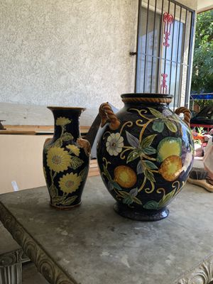 Flower vase decoration table home for Sale in Fresno, CA