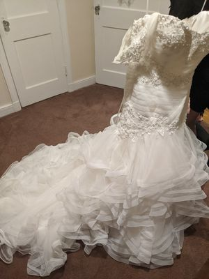 Mermaid Style Wedding Dress for Sale in NORTH DINWIDDIE, VA