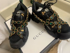 Gucci Shoes 9.5US for Sale in Farmers Branch, TX
