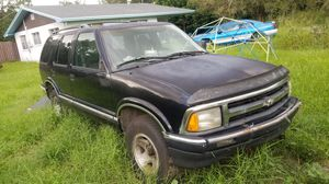 96 Chevy S10 blazer for Sale in Wahneta, FL