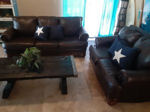 FREE DELIVERY GORGEOUS FORMAL TOP GRAIN LEATHER SOFA SET!!! for Sale in Tampa, FL
