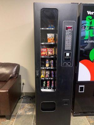 6 vending machines (3 snack) (3 soda). for Sale in Wichita, KS