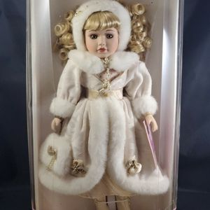 Vintage Collectable Memories Bisque Porcelain Doll for Sale in Chattanooga, TN