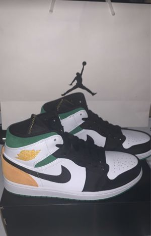 Air Jordan 1 mid size 9/9.5/10 for Sale in San Fernando, CA