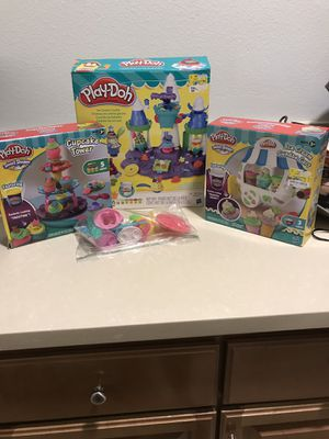 Play doh sets. Bundle! for Sale in Yucaipa, CA