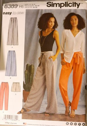 Simplicity 8389 Misses Pants & Shorts Sewing Pattern for Sale in Pico Rivera, CA