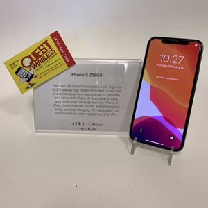 iPhone X 256GB AT&T/Cricket for Sale in Kansas City, MO